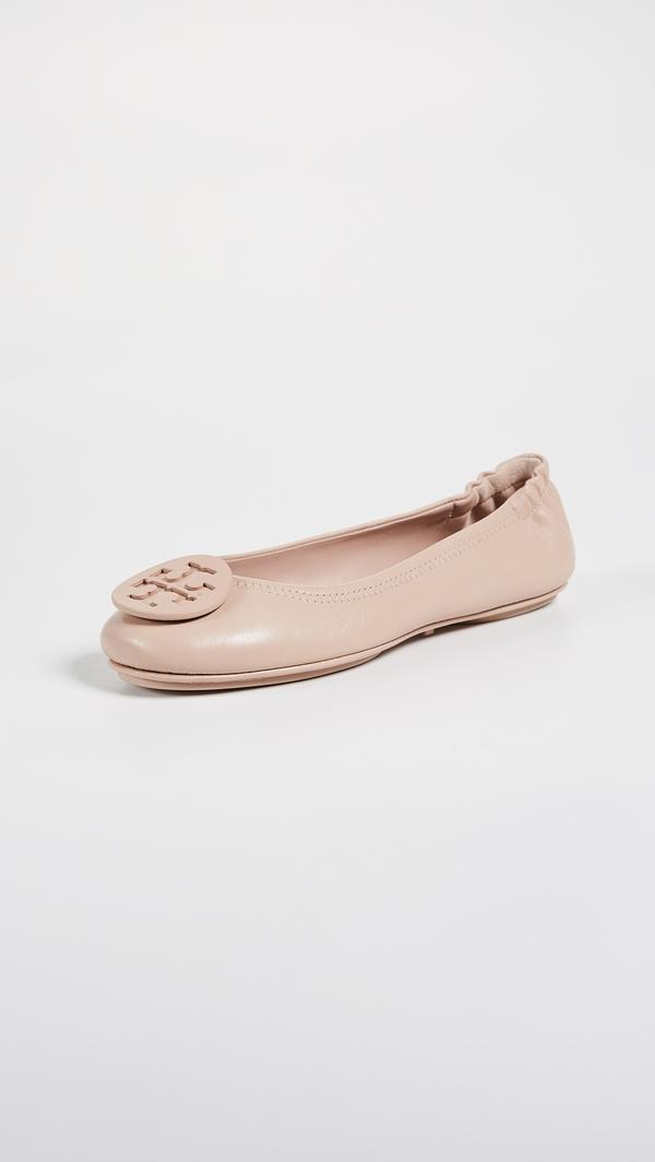 tory burch经典芭蕾鞋 价格约228美元  图片源自品牌