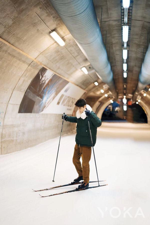 王凯在芬兰  图片来自艺人工作室微博