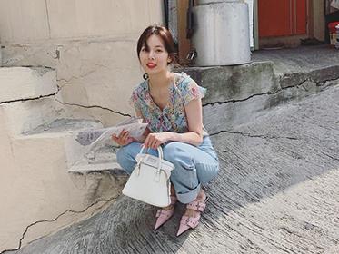"""泫雅ins po新照,网友:嘴""""回来""""了,胶原蛋白好像""""走""""了"""