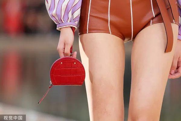 Longchamp 2020春夏系列(图片来历于视觉中国)