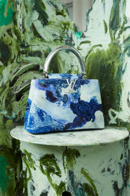 艺术家Donna Huanca设计的路易威登ArtyCapucines手袋