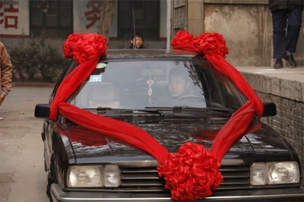 熬过结婚季 咱来聊聊婚车的进化史