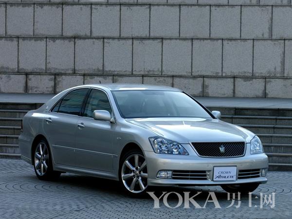 第12代皇冠(2003年-2008年)-超过50年时间不断产车型高清图片