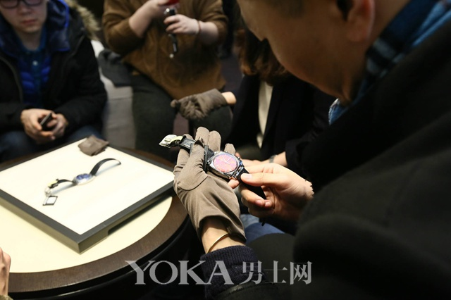 格拉苏蒂原创全新鎏金六零年代方形计时腕表